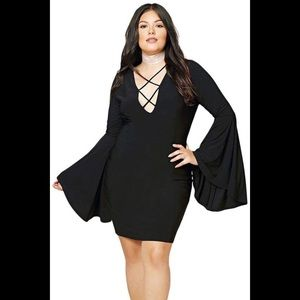 Dresses & Skirts - 🖤 Plus Size Flare Sleeved Dress